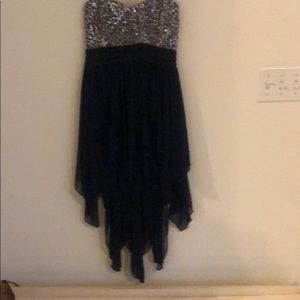 A blue sequenced top dress